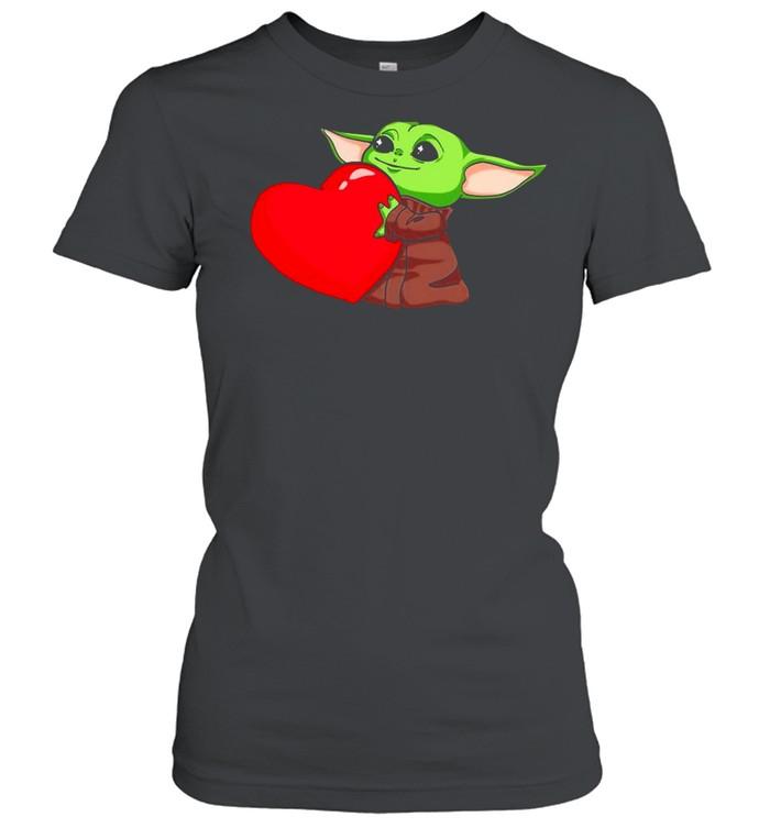 Baby Yoda Cute Hug Heart Happy Valentine 2021 shirt Classic Women's T-shirt