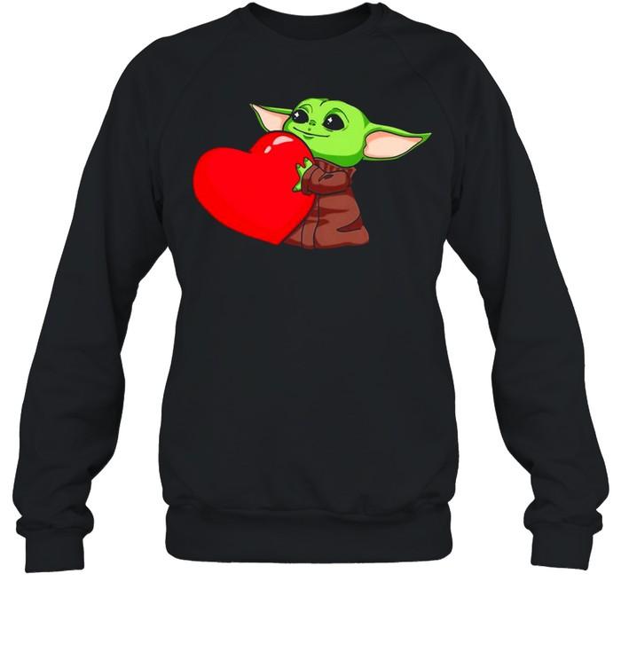 Baby Yoda Cute Hug Heart Happy Valentine 2021 shirt Unisex Sweatshirt