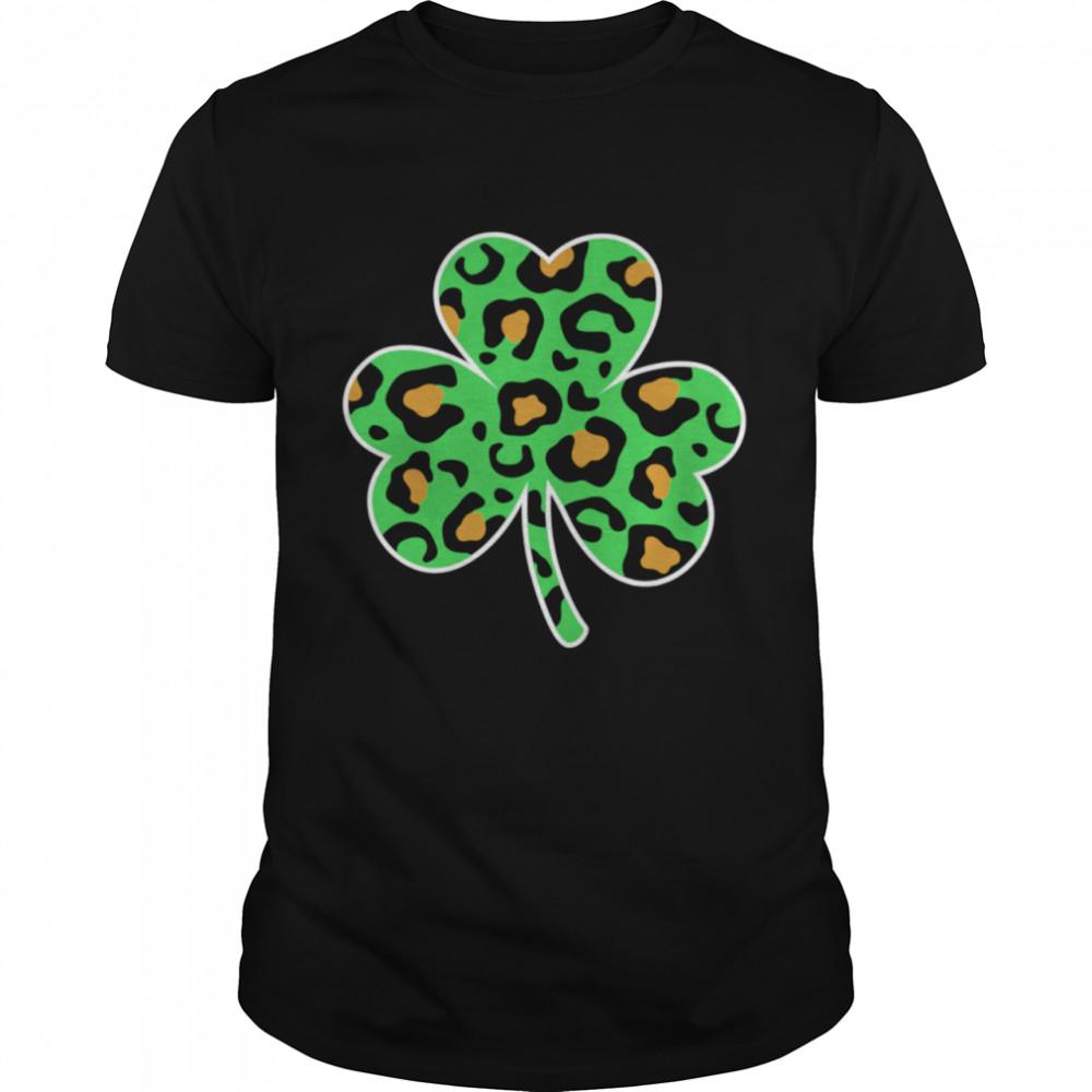 Leopard Print Shamrock Fun Girls St Patricks Day shirt Classic Men's T-shirt