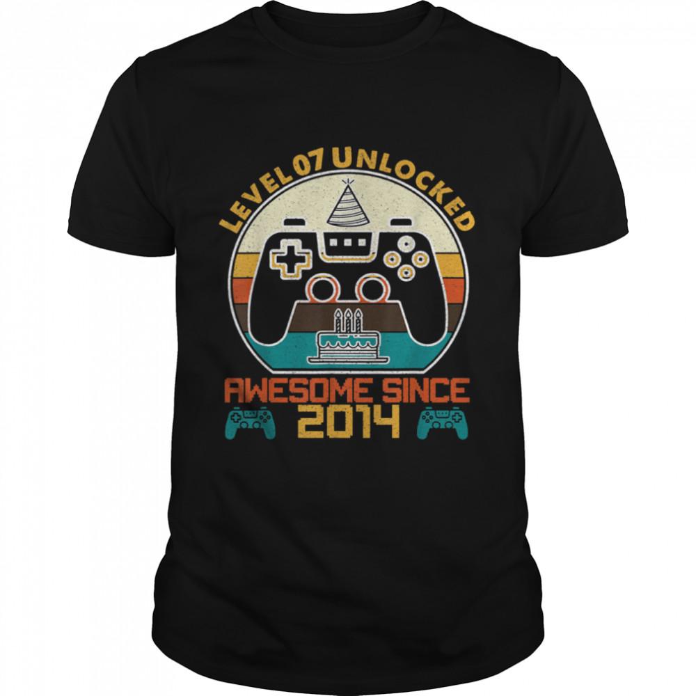 Level 7 Unlocked Video Gamer 7 Years Old 7 Birthday shirt Classic Men's T-shirt