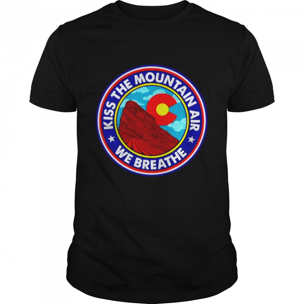 Kiss the mountain air we breathe red rocks amphitheatre shirt Classic Men's T-shirt