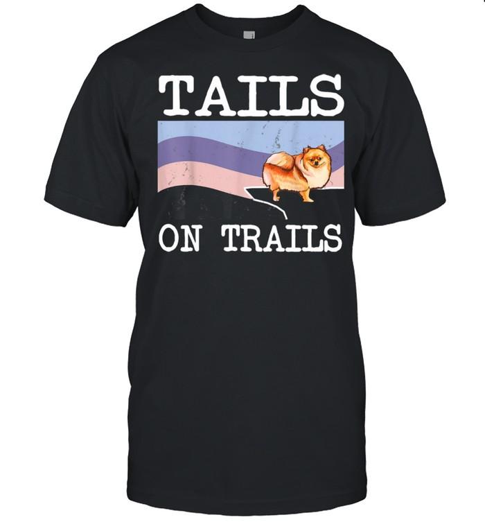 Pomeranian Tails On Trails Dog Hiking  Classic Men's T-shirt