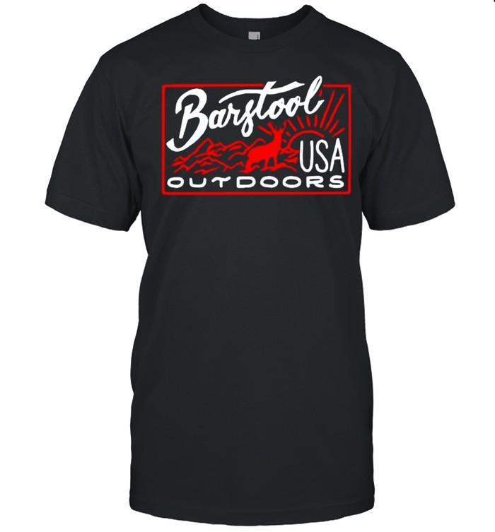 Deer Barstool outdoors USA shirt Classic Men's T-shirt