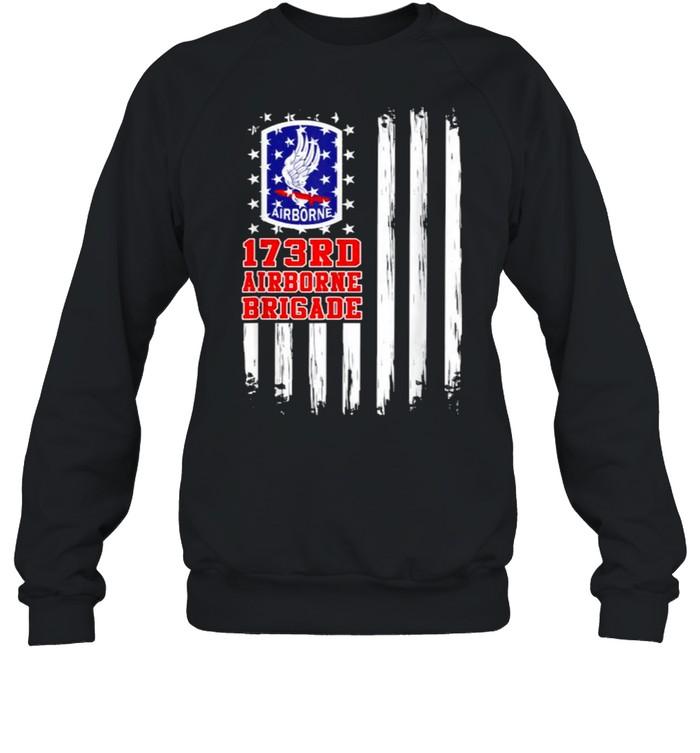 173rd Airborne Brigade American Flag T- Unisex Sweatshirt